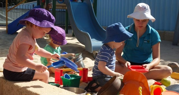 Strathalbyn child care centre sandpit play