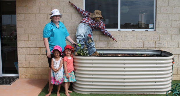 Kids learn gardening at child care